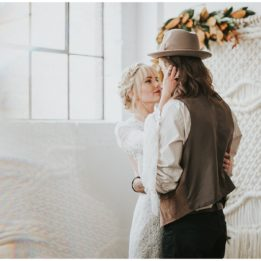 winter boho bride- urban bohemian edgy wedding dress- rue de seine dress- bell sleeves dress- bohemian bride- bridal hair- arizona wedding photographer- arizona elopement- scottsdale tucson-san diego- sedona arizona elopement photographer-bridal hair
